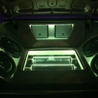 stereo white lights Stereo USA Plus